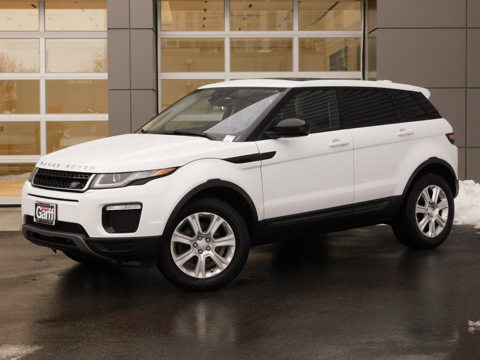 Pre-Owned 2017 Land Rover Range Rover Evoque WAGON 4 DOOR