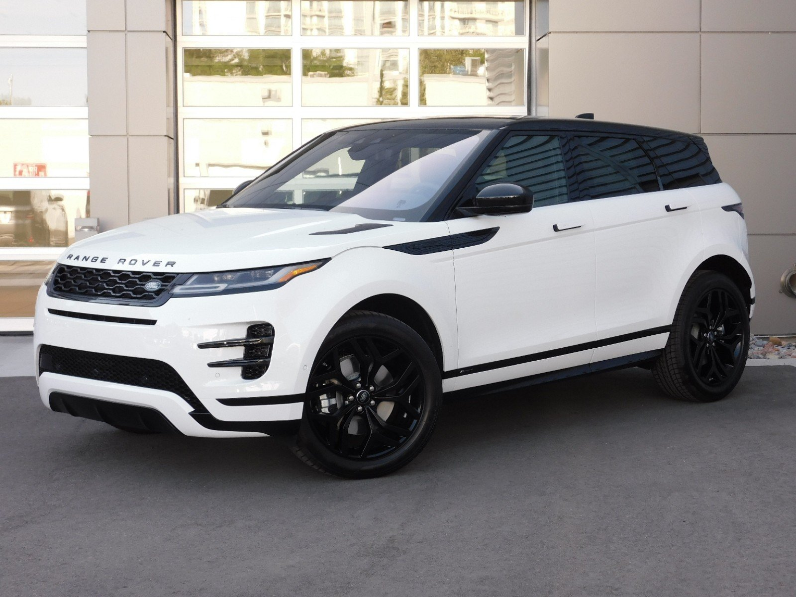 New 2020 Land Rover Range Rover Evoque R-Dynamic SE